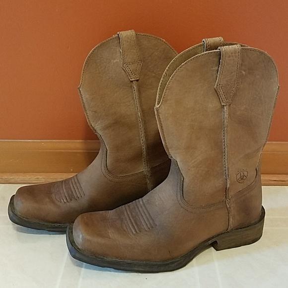 00eb8cf954d NWOT Ariat Rambler Square Toe Western Boots